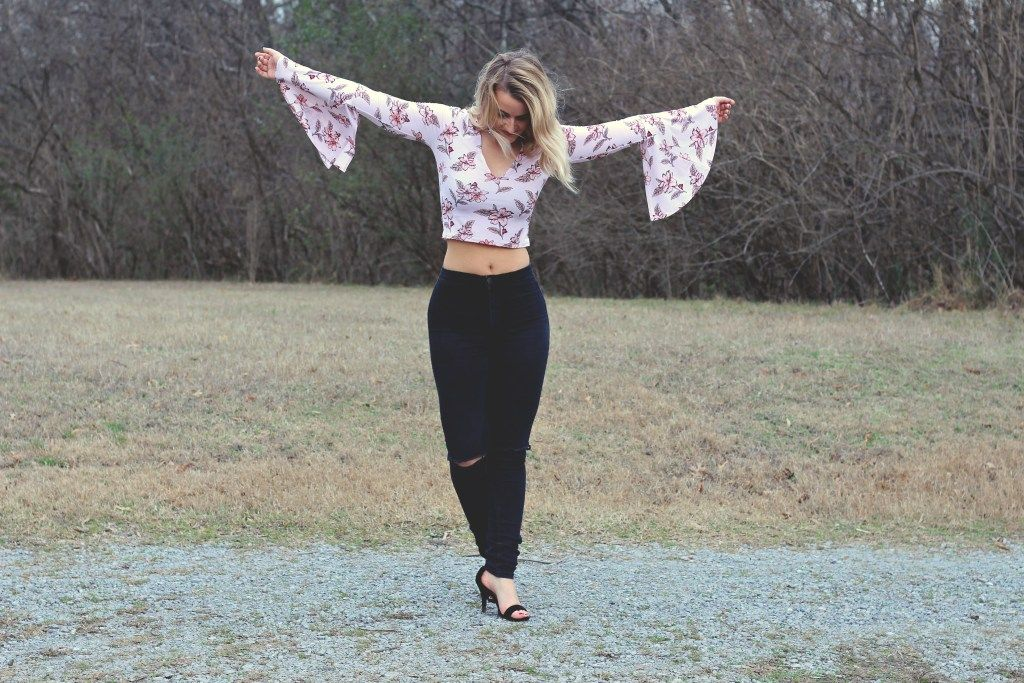 Bell Sleeves | Breezy and Brazen style Floral bell sleeve Forever 21 crop top