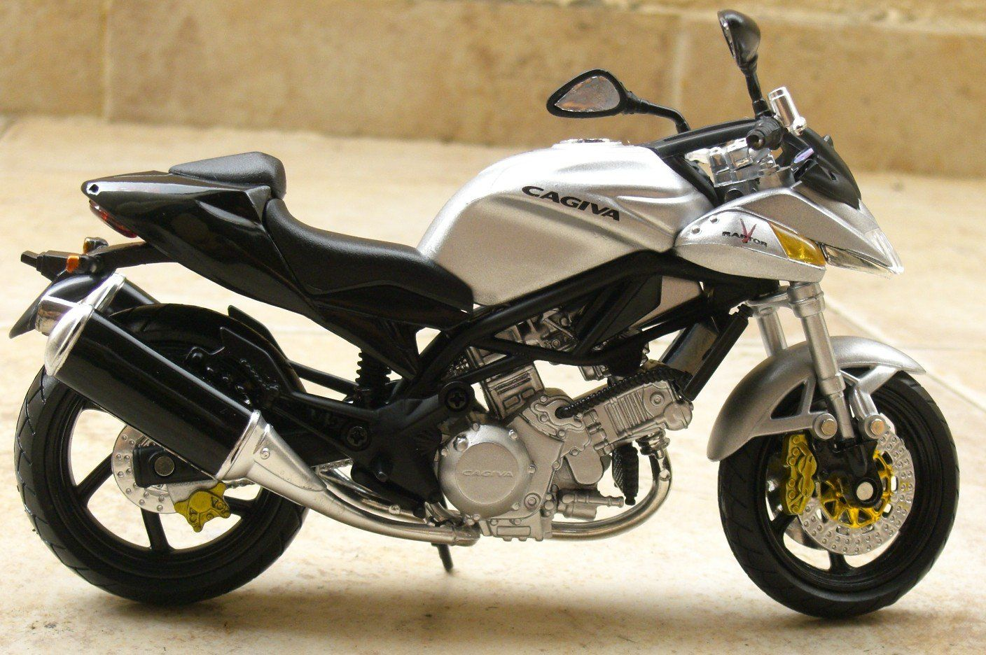 V Raptor 1000 Motorcycle Manufacturers, Motorcycle Engine, Motorbikes,  Twin, Motorcycles, Dreams