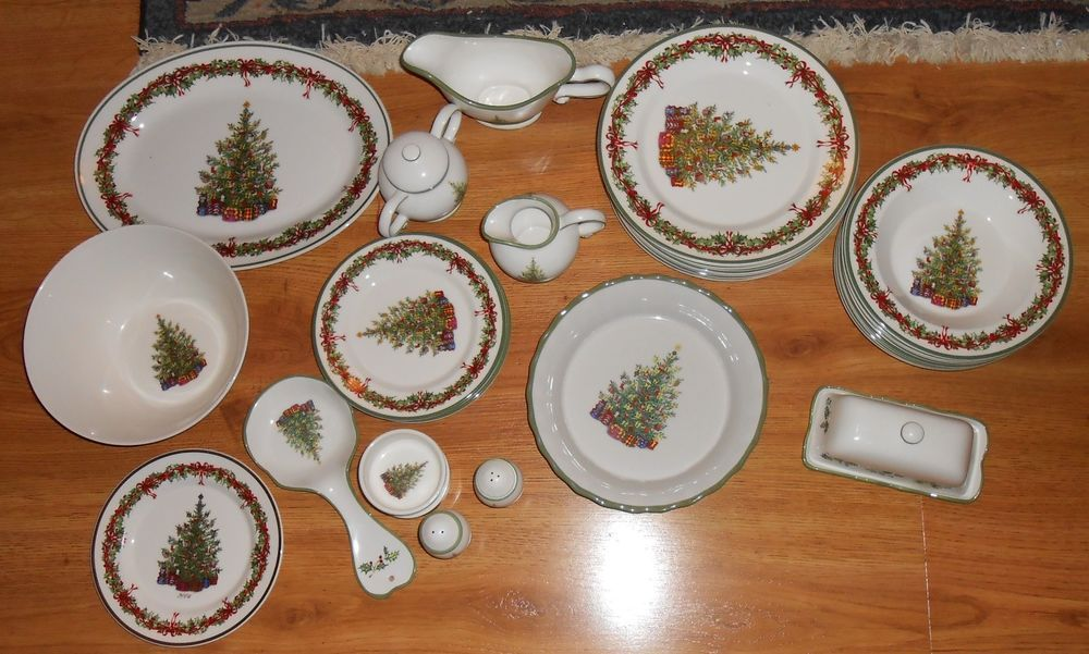 32 CHRISTOPHER RADKO Traditions Holiday Celebrations Dinnerware Set Butter Plate #ChristopherRadko : christopher radko dinnerware - pezcame.com