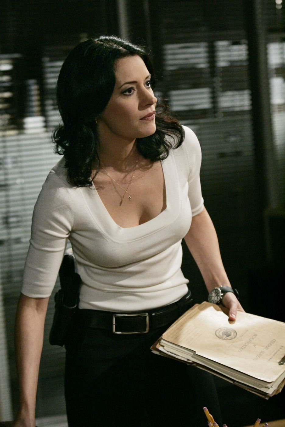 Paget Brewster Nude Photos 54