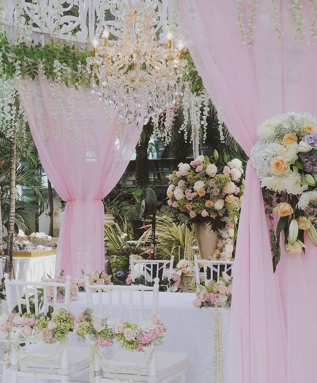 See this instagram photo by sentrabunga 67 likes decor by jakarta wedding decor see this instagram photo by sentrabunga 67 likes junglespirit Gallery