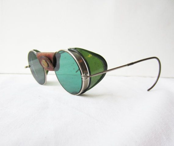 9b5abf86b6 Vintage Welsh Mfg Welding Torch Goggles   Safety Glasses Leather Bridge    Plastic Side Shields Round Green Glasses Eyeglasses Steampunk