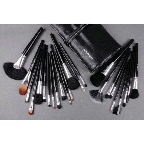 MAC Makeup Brush Set Professional 32 Pieces ($67.99)