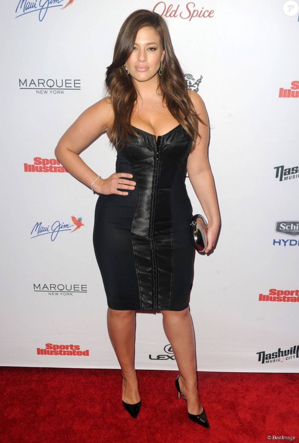 Ashley Graham - People à l'évènement organisé pour la sortie de Sport Illustrated Swimsuit à New York, le 10 février 2015. Celebrities attend the 2015 Sports Illustrated Swimsuit Celebration at Marquee in New York City, New York on February 10, 2015.10/02/2015 - New York
