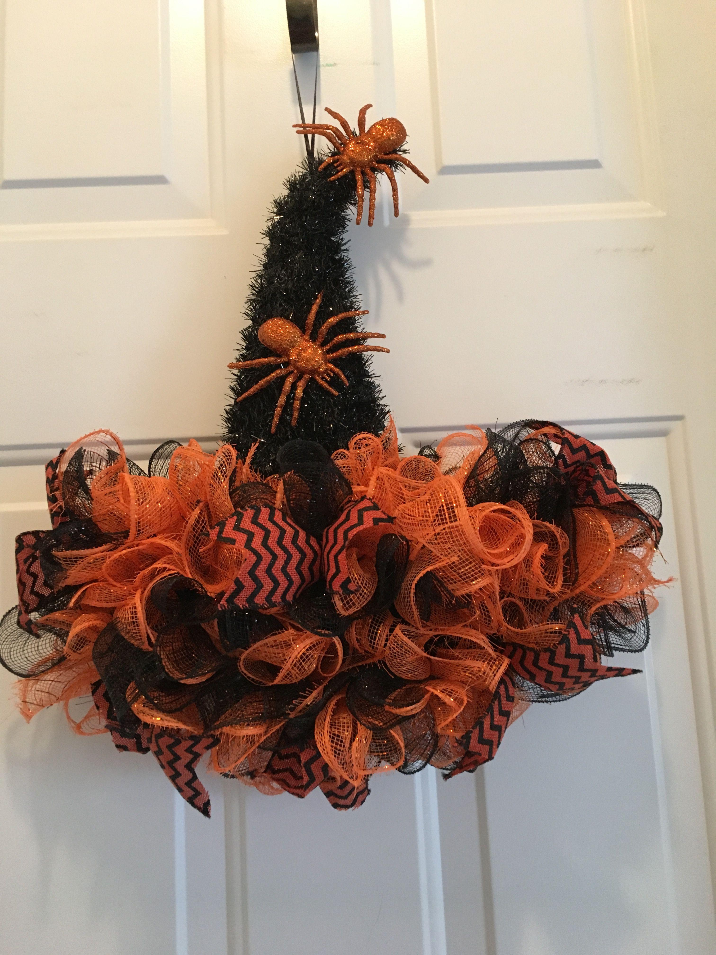 Witch hat wreath.. Halloween hats, Halloween deco mesh