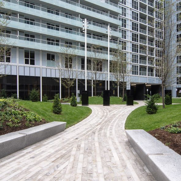 300 front street toronto canada gardens for Landscape architecture canada