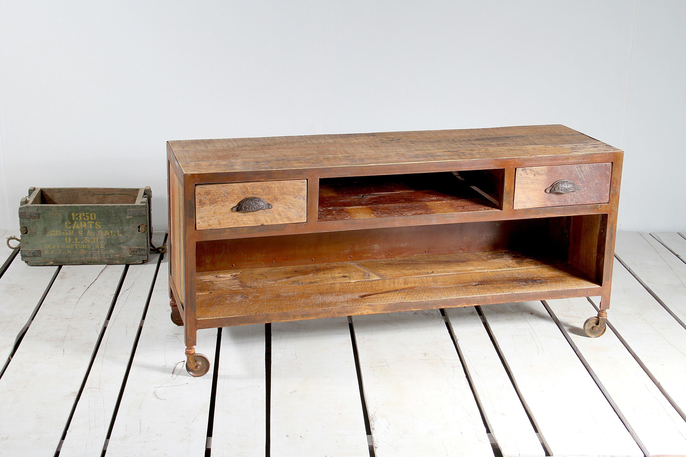 Pin By Mayinspire The Shop That Is Unashamedly Different On  # Menuiserie Table Tele