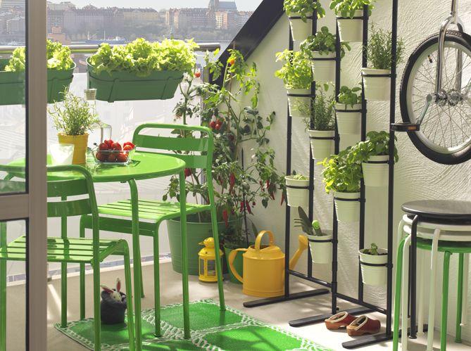 am nagez votre balcon pour un espace fleuri et d co balcon pinterest petite terrasse les. Black Bedroom Furniture Sets. Home Design Ideas