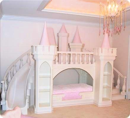 pink castle bed pink lovely chambre enfant chambre. Black Bedroom Furniture Sets. Home Design Ideas