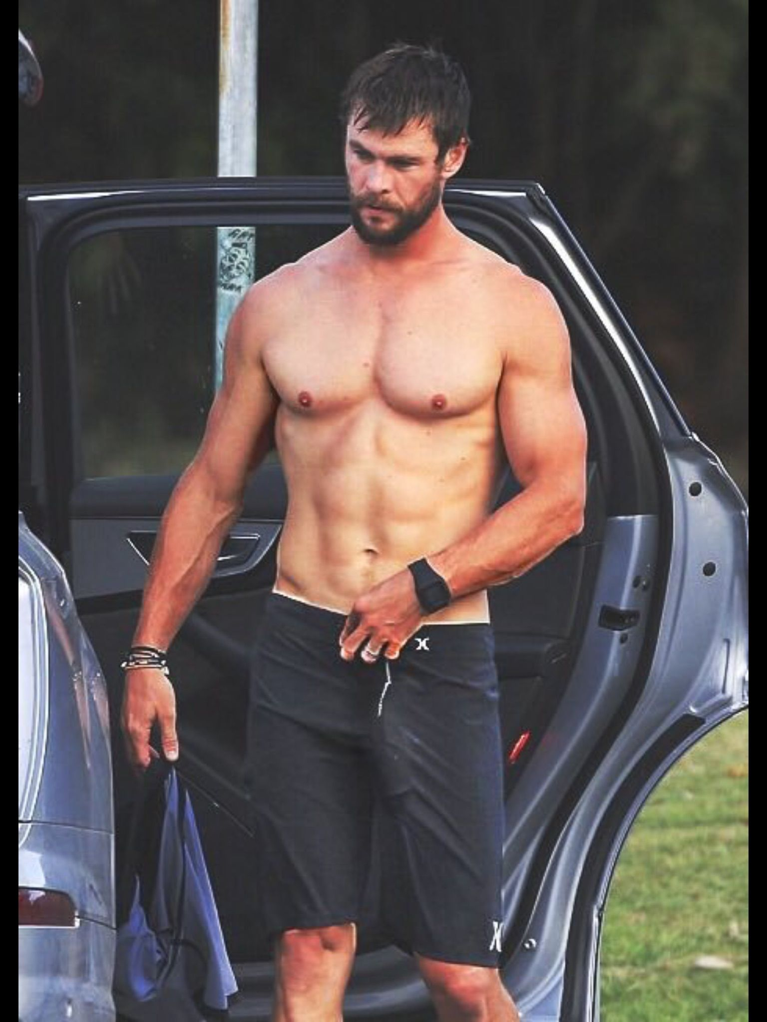 chris hemsworth chris hemsworth pinterest chris