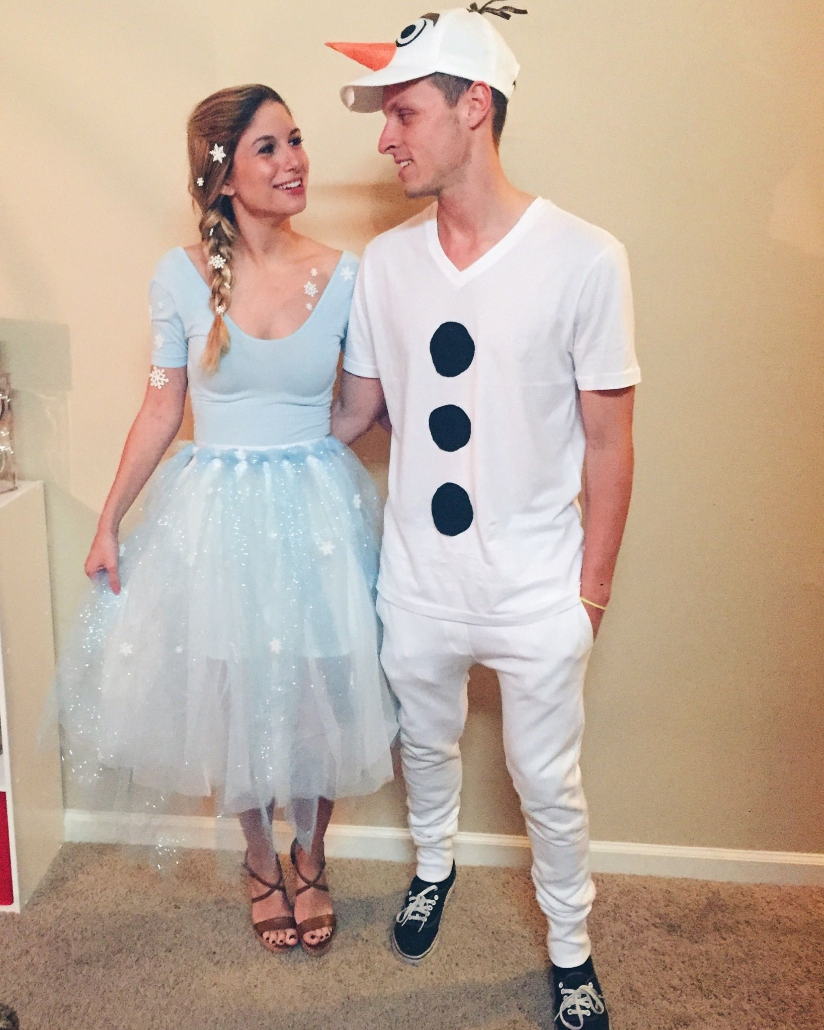 diy elsa and olaf costume elsa pinterest kost m. Black Bedroom Furniture Sets. Home Design Ideas
