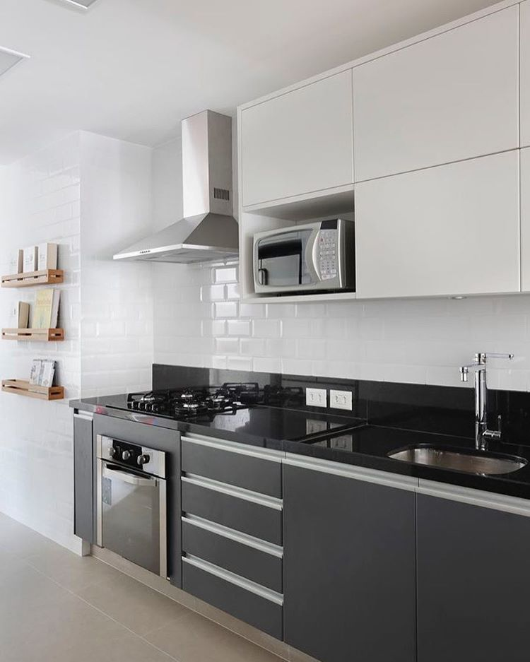 Küche in Grau #Eckküche #Landhausküche wwwdyk360-kuechende Graue
