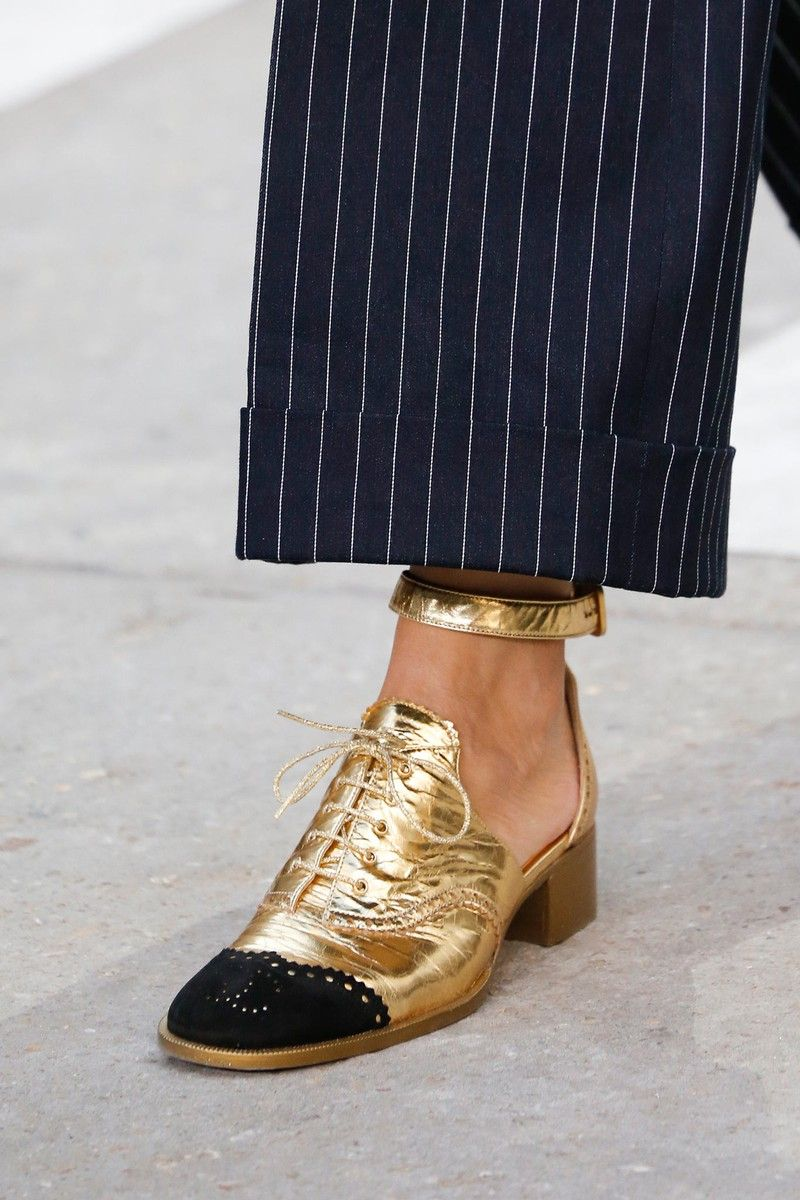 ec9b7c2af450 Chanel booties in gold   Chanel 2015