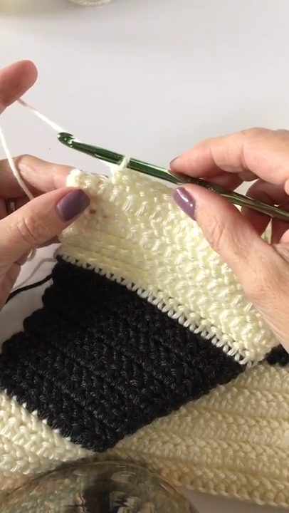 Video: Herringbone Half Double Crochet Stitch #crochettutorial
