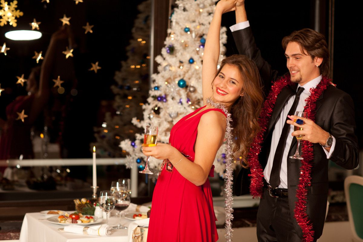 Company Holiday Party With Date Company Holiday Party Holiday Party Fashion Perfect Holiday Party