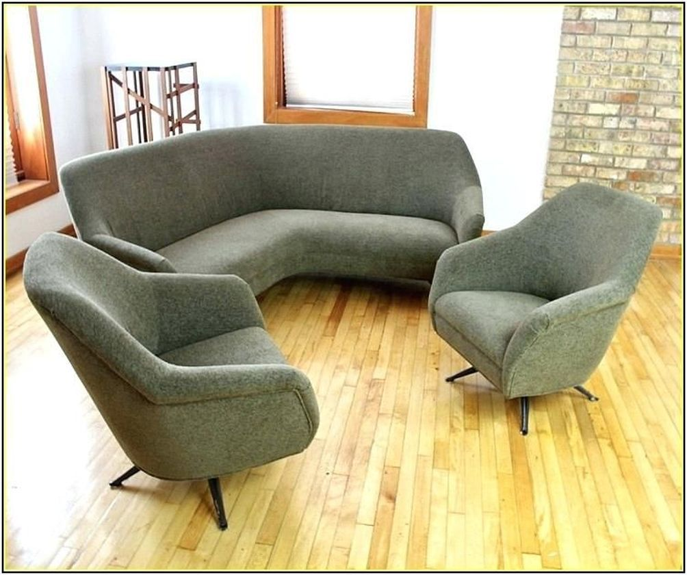 55 Adorable Curved Couches Ideas For Living Room - DECOONA ...