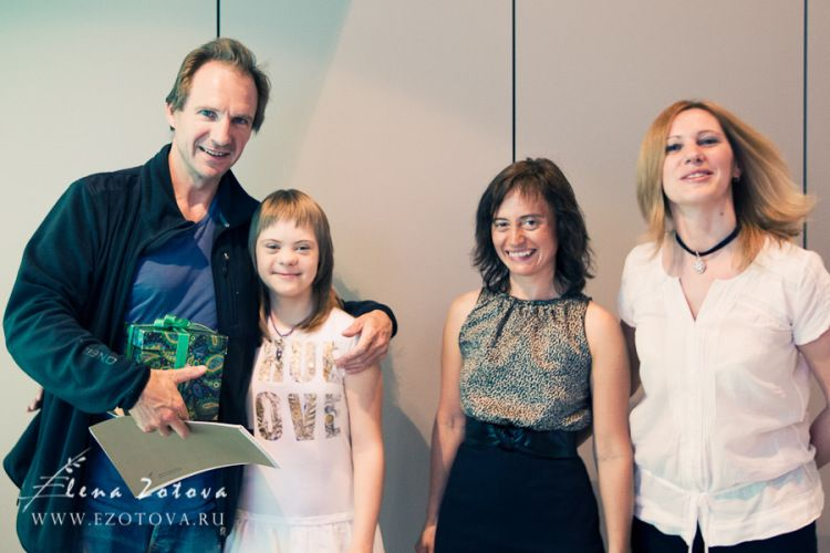 """Charity's how we think and see © Ralph Fiennes.Arrive at the airport """"DOMODEDOVO""""  on June 2011, Moscow."""