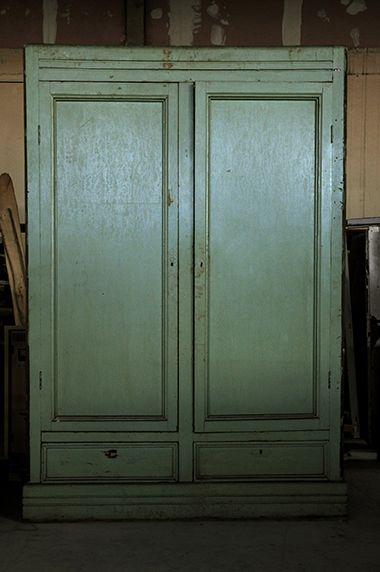 Interior design recupero mobile antico a due ante in legno in ...