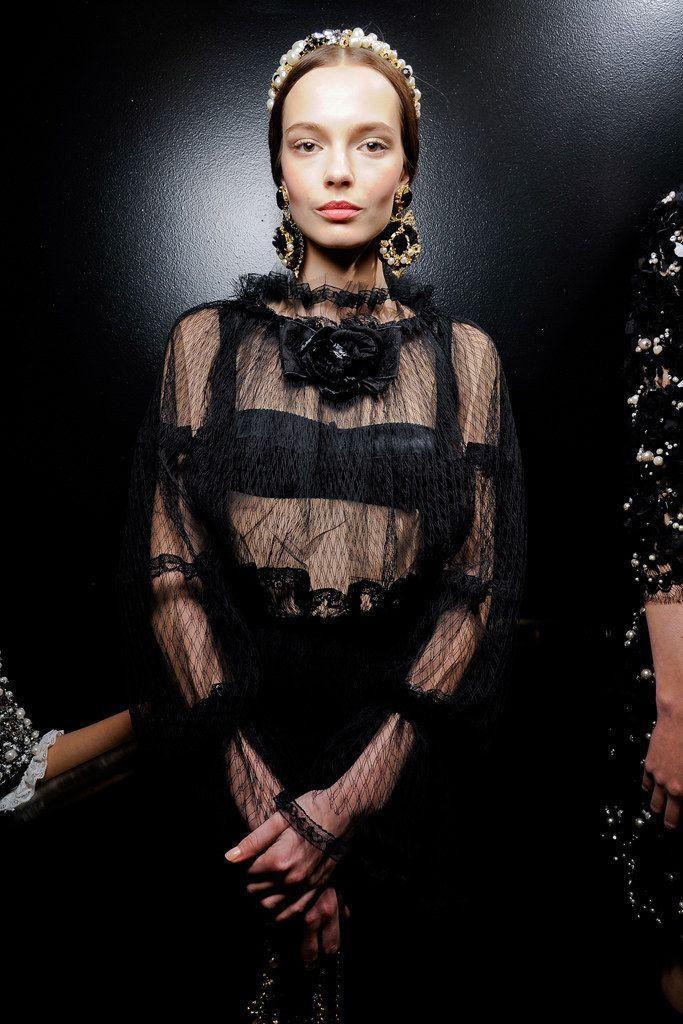 Dolce & Gabbana Fall 2012 ReadytoWear Fashion Show
