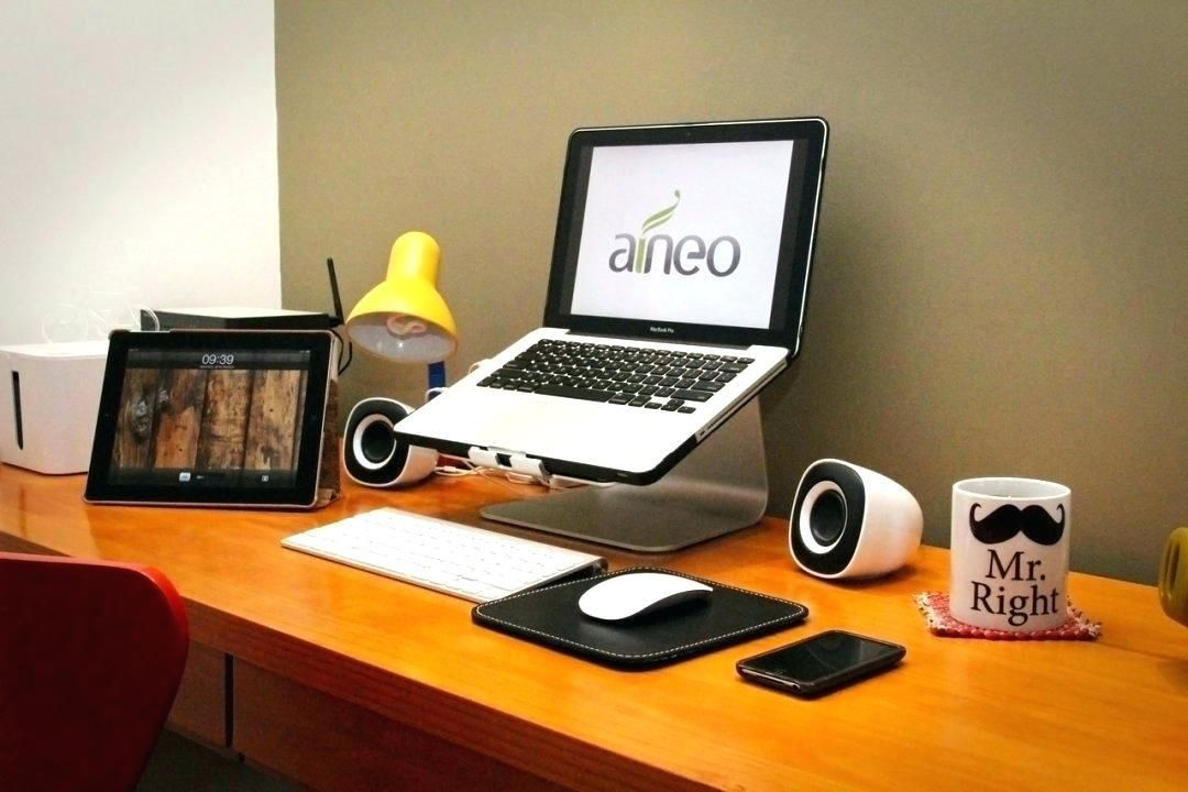 Cool Stuff For Your Office Home Office Setup Office Setup Cubicle Design