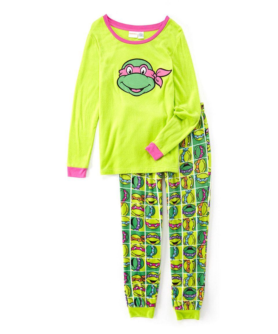 Love this Green & Pink TMNT Pajama Set - Juniors by Teenage Mutant Ninja Turtles on #zulily! #zulilyfinds