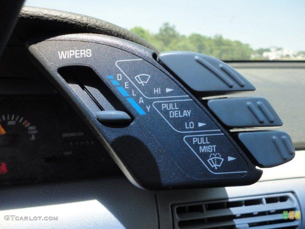 Oldsmobile cutlass supreme 2 door convertible side profile 81965 - Grand Prix
