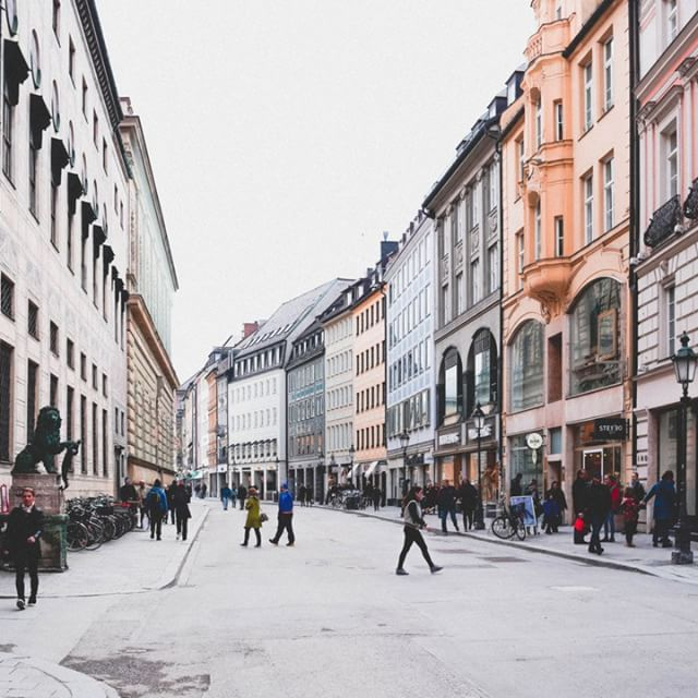 Whether or a luxury shopper or a bargain hunter, Munich appeals to everyone. Not only that