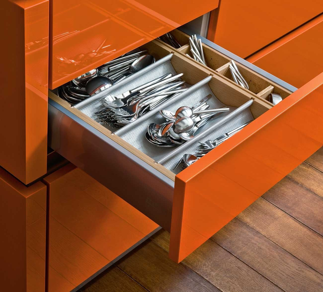 5 Tips to Organize Kitchen Drawers | Kitchen Designs | Pinterest ...