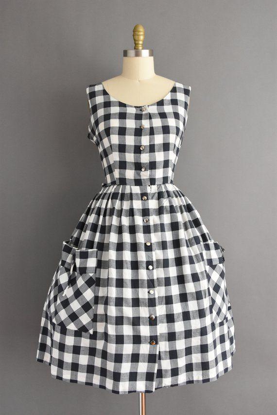1950s dress - black white gingham print full skirt day dress - Size large - 50s vintage dress #fullskirtoutfit