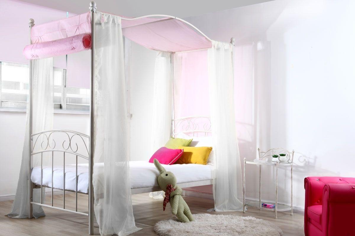 lit fille baldaquin romantique blanc becca lit baldaquin enfant jade. Black Bedroom Furniture Sets. Home Design Ideas