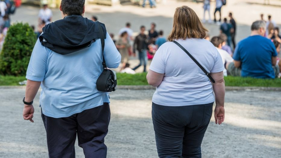 Obesity tied to shorter life overweight people more years with heart disease