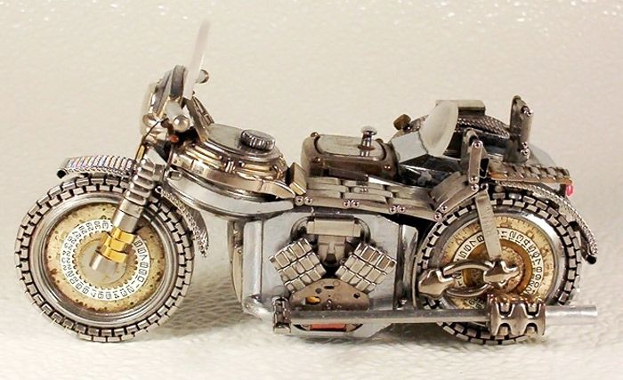 Looks like a twin-V?  More miniature motorcycles from Dimitriy Khristenko.