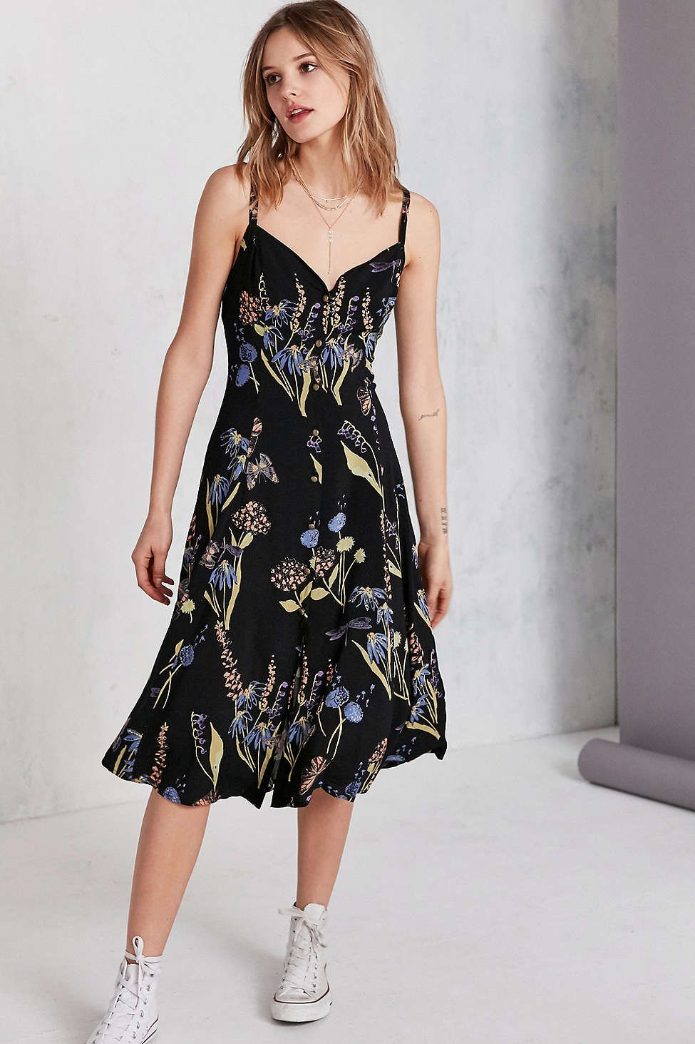 6ee76bf623492 Kimchi Blue Graziano Floral Button-Down Midi Slip Dress - Urban Outfitters