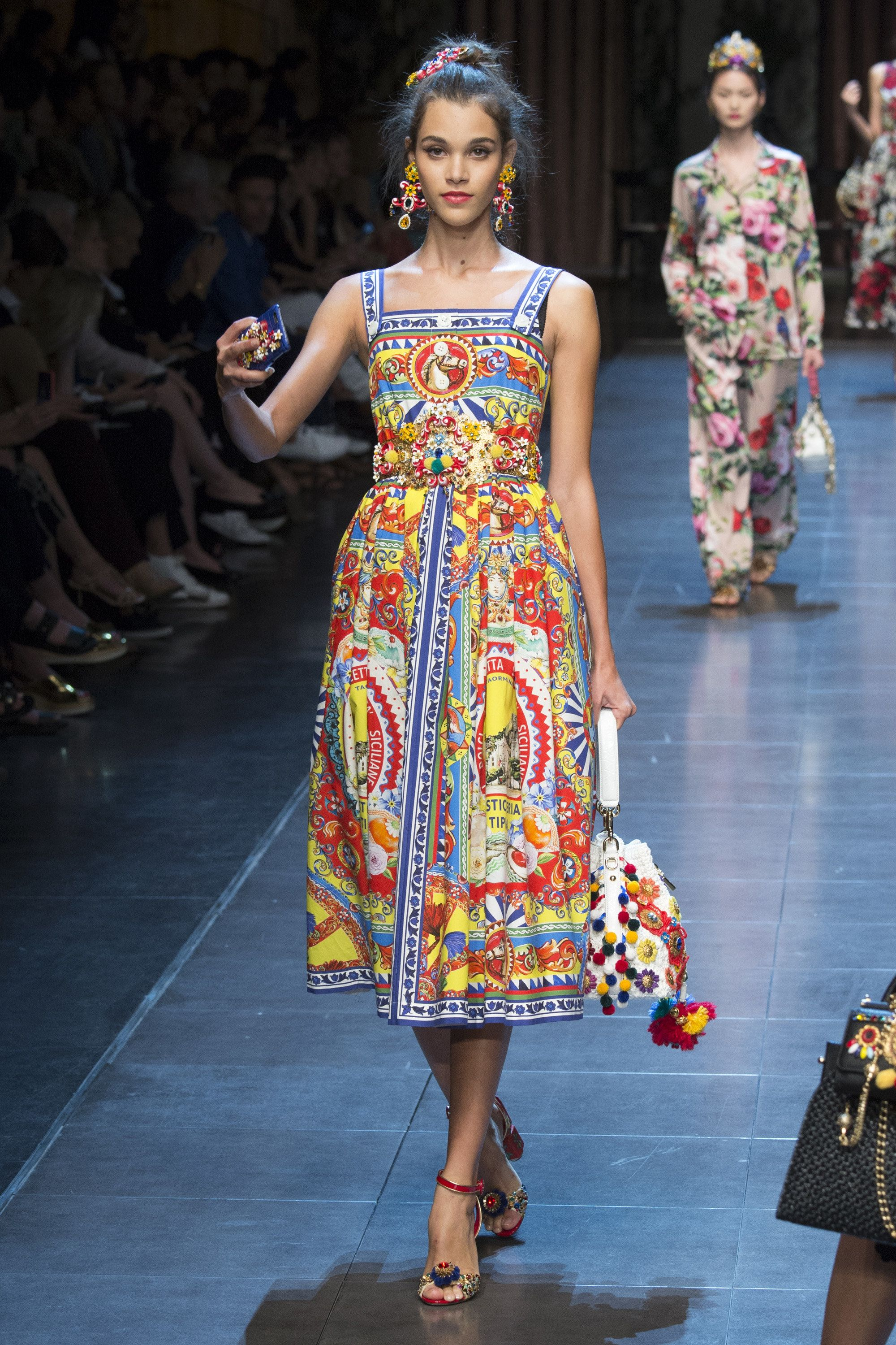Dolce   Gabbana Spring Summer 2016 Ready-to-Wear Collection via Designers  Domenico Dolce   Stefano Gabbana Modeled byPauline Hoarau   Milan   September 27, ... 85c5a0cea44e