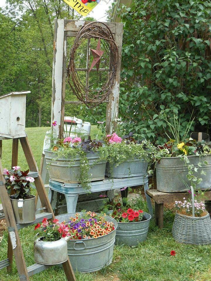 Tinas de metal como usaba mi abuela llenas de flores for Plantas para mi jardin