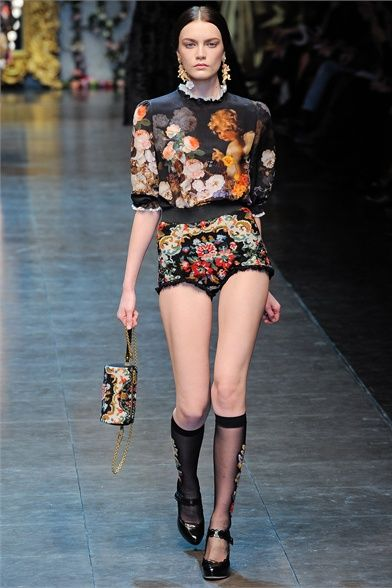 24921d054b Dolce & Gabbana - Collections Fall Winter 2012-13 - Shows - Vogue.it ...