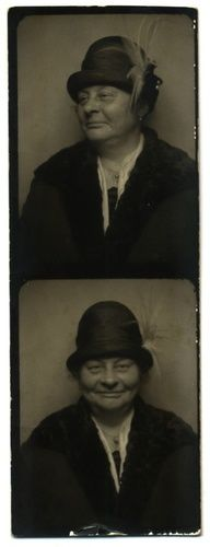 1920s photo booth