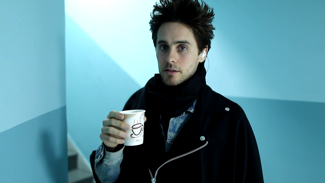 Jared Leto, MTV Unplugged intro On http://www.vyrt.com