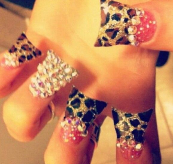 Leopard flared nails #duckfeet #cheetah | Nails | Pinterest