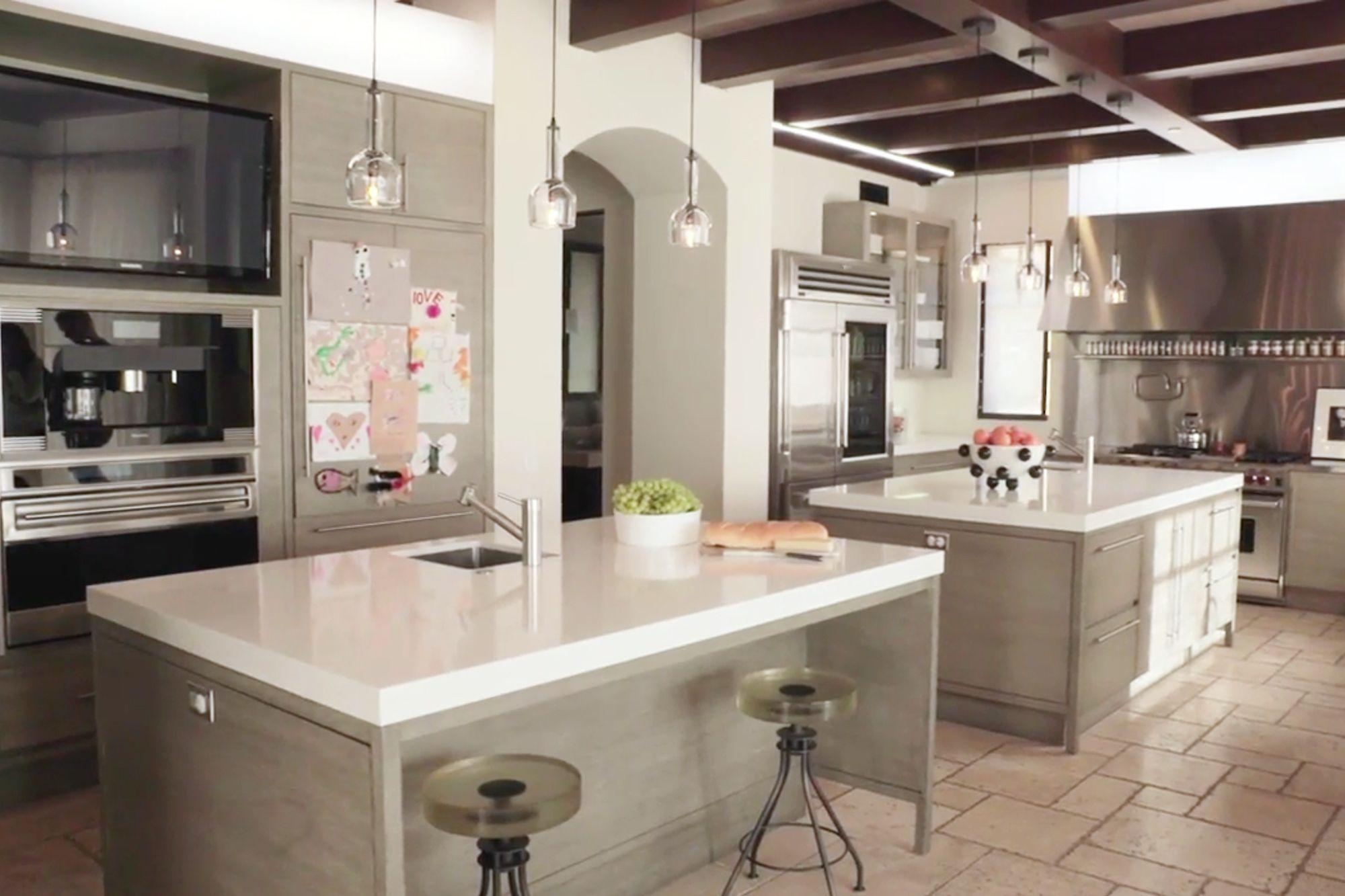 Kourtney Kardashian Kitchen And Living Room Kardashian Kitchen Decor Kourtney Kardashian House Luxury Kitchens