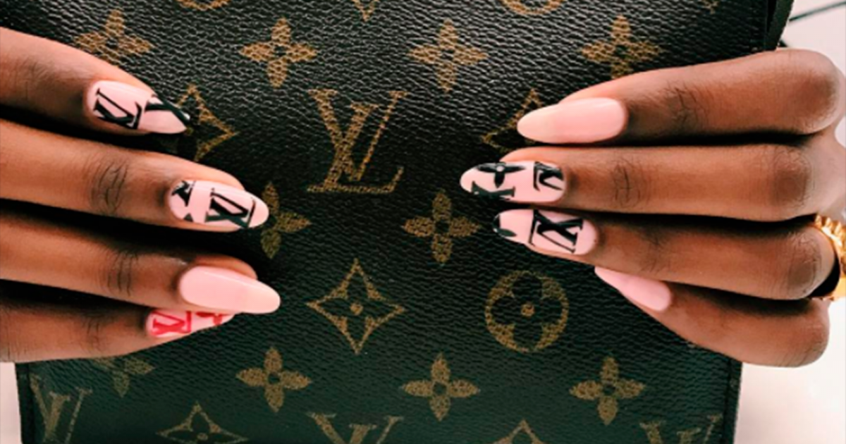 These Beauty Looks Are Taking Brand Loyalty To A Whole New Level ...