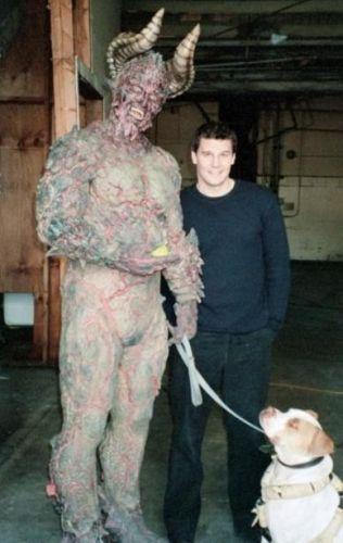 fuckyeahdavidboreanaz:      David & The Beast      LOL! Great! :-)