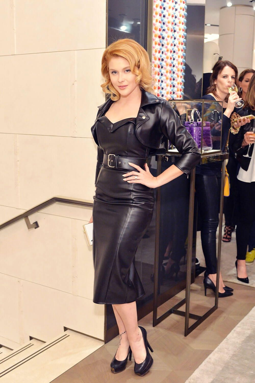 Renee Olstead Attends Fendi And Vogue Celebrate Fendi Leathercroppedjacket Leatherjacket Attends Ce In 2020 Black Leather Dresses Renee Olstead Leather Dresses
