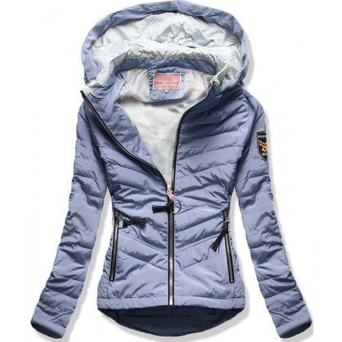 Dámská jarní podzimní bunda Philly světle modrá AKCE – modrá – módní dámská  bunda s delší zadní stranou – vhodná pro sezónu jaro a podzim – kapuce se  ... a6a7a90d5d9