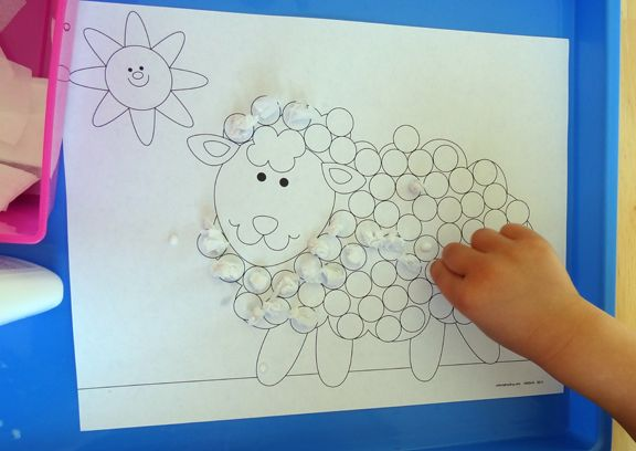 Farm animal do-a-dot activities using worksheets from Oriental Trading Company || Gift of Curiosity