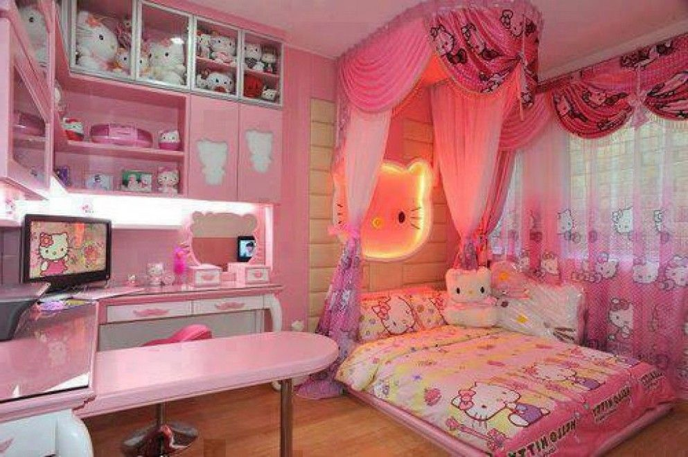 20 Hello Kitty Bedroom Decor Ideas To Make Your Bedroom More Cute | Hello  Kitty Bedroom, Hello Kitty And Twin Girl Bedrooms