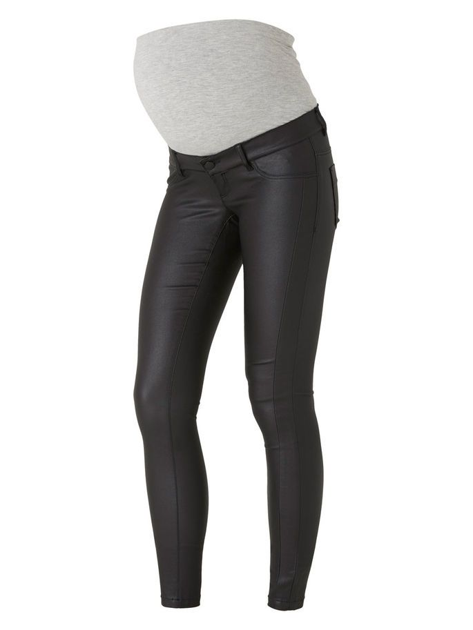791f35acb3b12 Cool coated jeans from Mamalicious. Wear with white top and black jacket to  create a classic look.