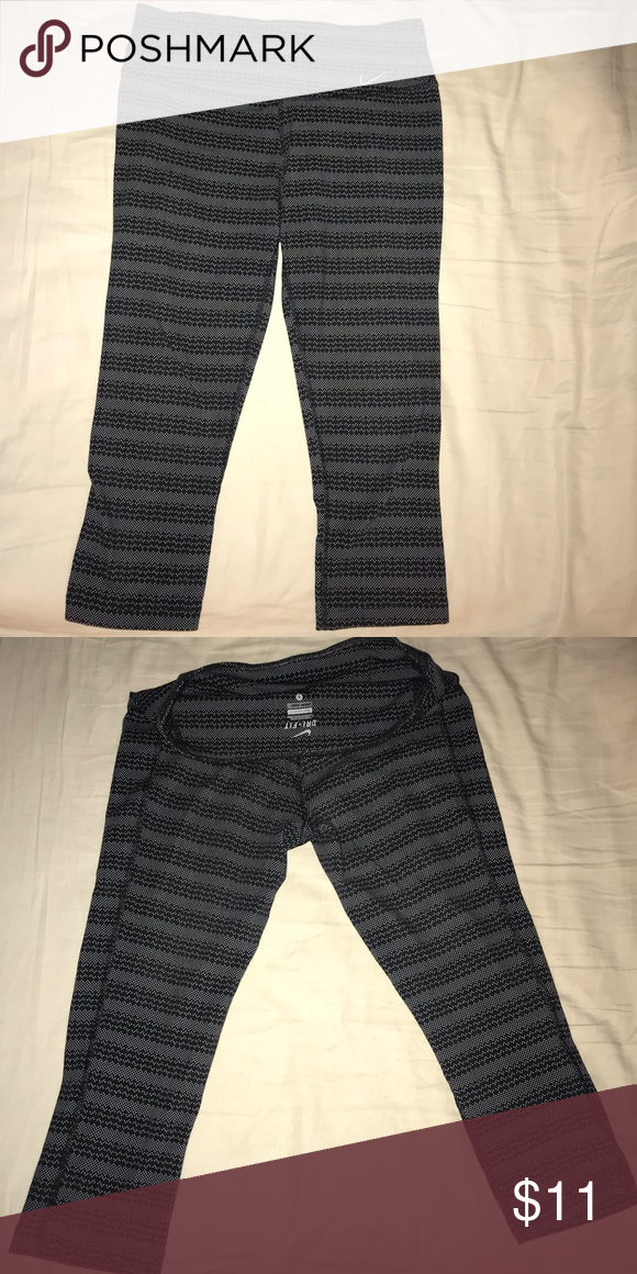 a26523b9d662 Nike Dri Fit Leggings  nike  running  adidas  underarmor  poshmark  vans   levis  thenorthface  patagonia  champion  style  pacsun   americaneagleoutfitters ...