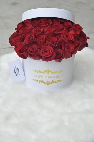 Flower In A Box Boxed Roses Melbourne Real Roses That Last A Year Box Roses Rose Flowers