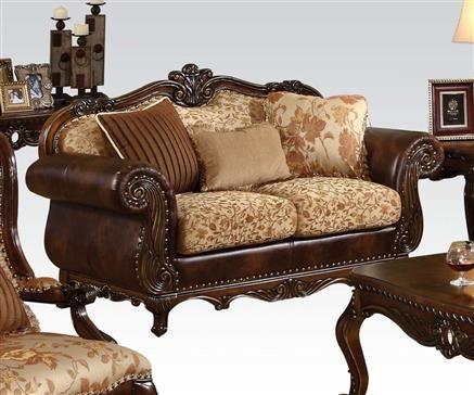 Remington Cherry Cream Fabric Wood Loveseat w/Pillows